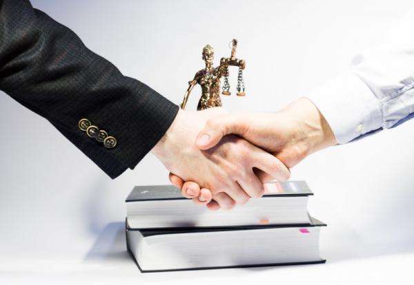 Помощь квалифицированных юристов